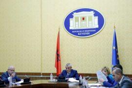 Kuvendi fillon procedurat për shkarkimin e Presidentit Meta