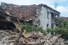 Tërmetet në Korçë, mbi 180 shtëpi të dëmtuara, qindra banorë kalojnë fundjavën në çadra