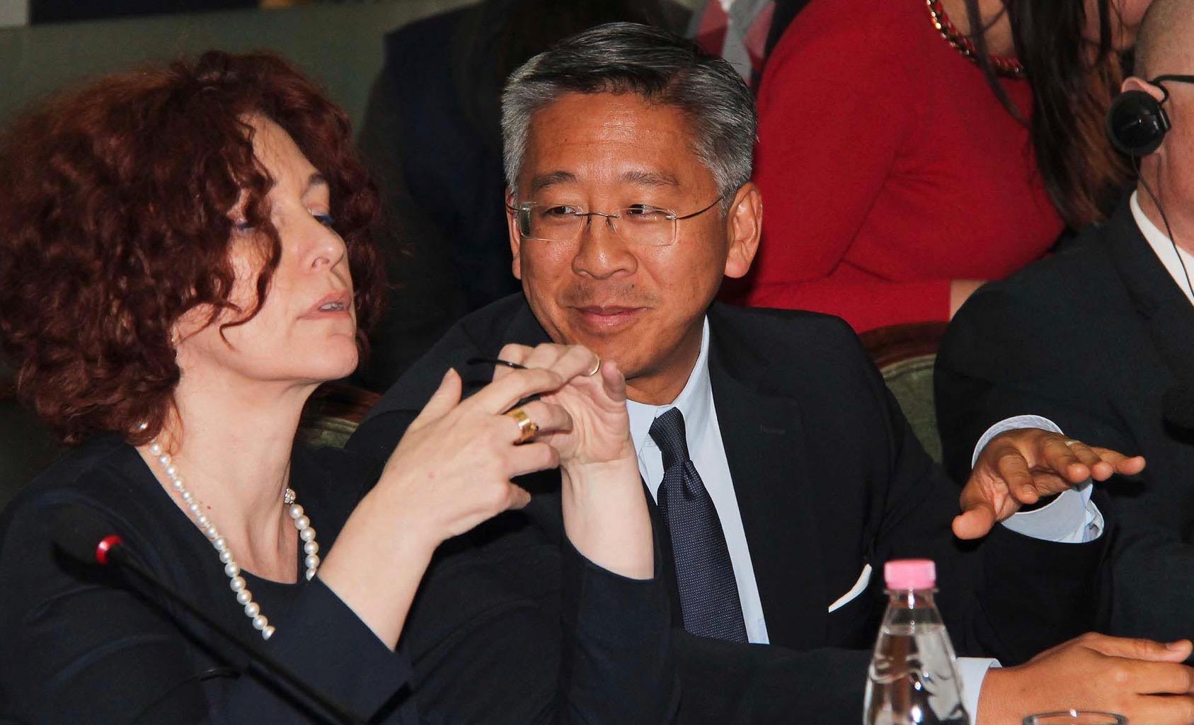 Si ambasadorët gënjyen vazhdimisht për krijimin e SPAK-ut
