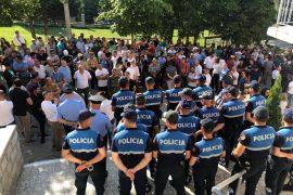 Bashkia Devoll, Basha: Pushteti i paligjshëm po uzurpon me dhunë qeverisjen lokale