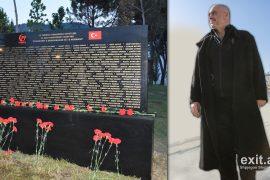 Qytetarë protestojnë kundër memorialit për viktimat turke