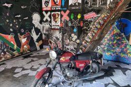 Ekspozita 'Anonymous' – Arti i rrugës kundër censurës, korrupsionit dhe autokracisë