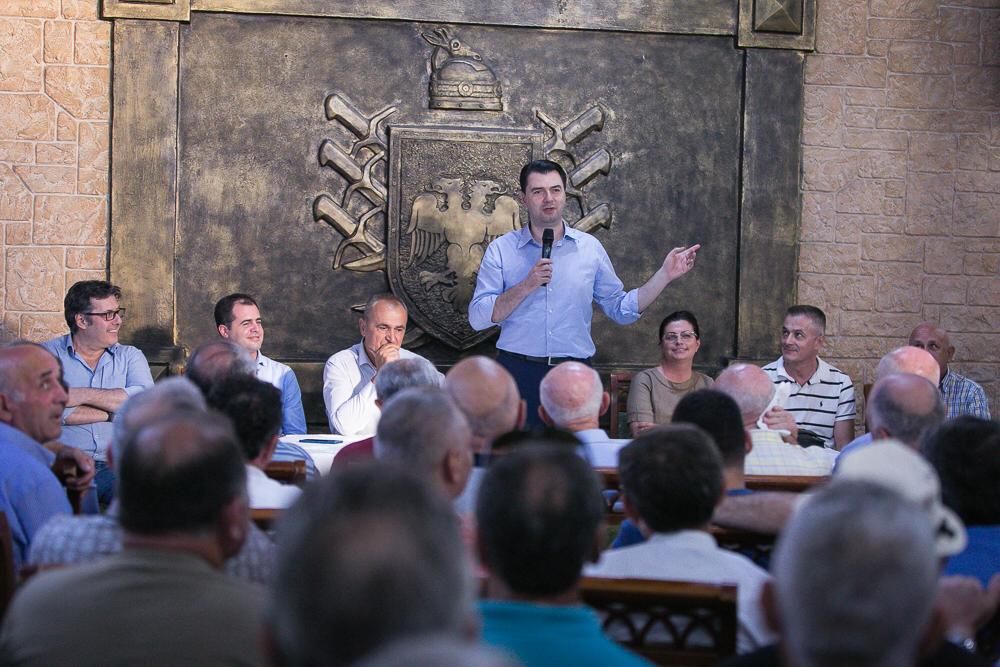 Basha: Pa largimin e Ramës nuk ka zgjedhje të lira