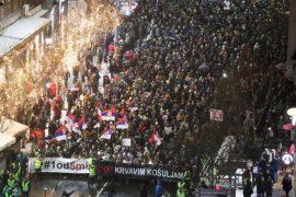 Parlamenti Evropian ndërmjetëson zgjidhjen e krizës politike në Serbi