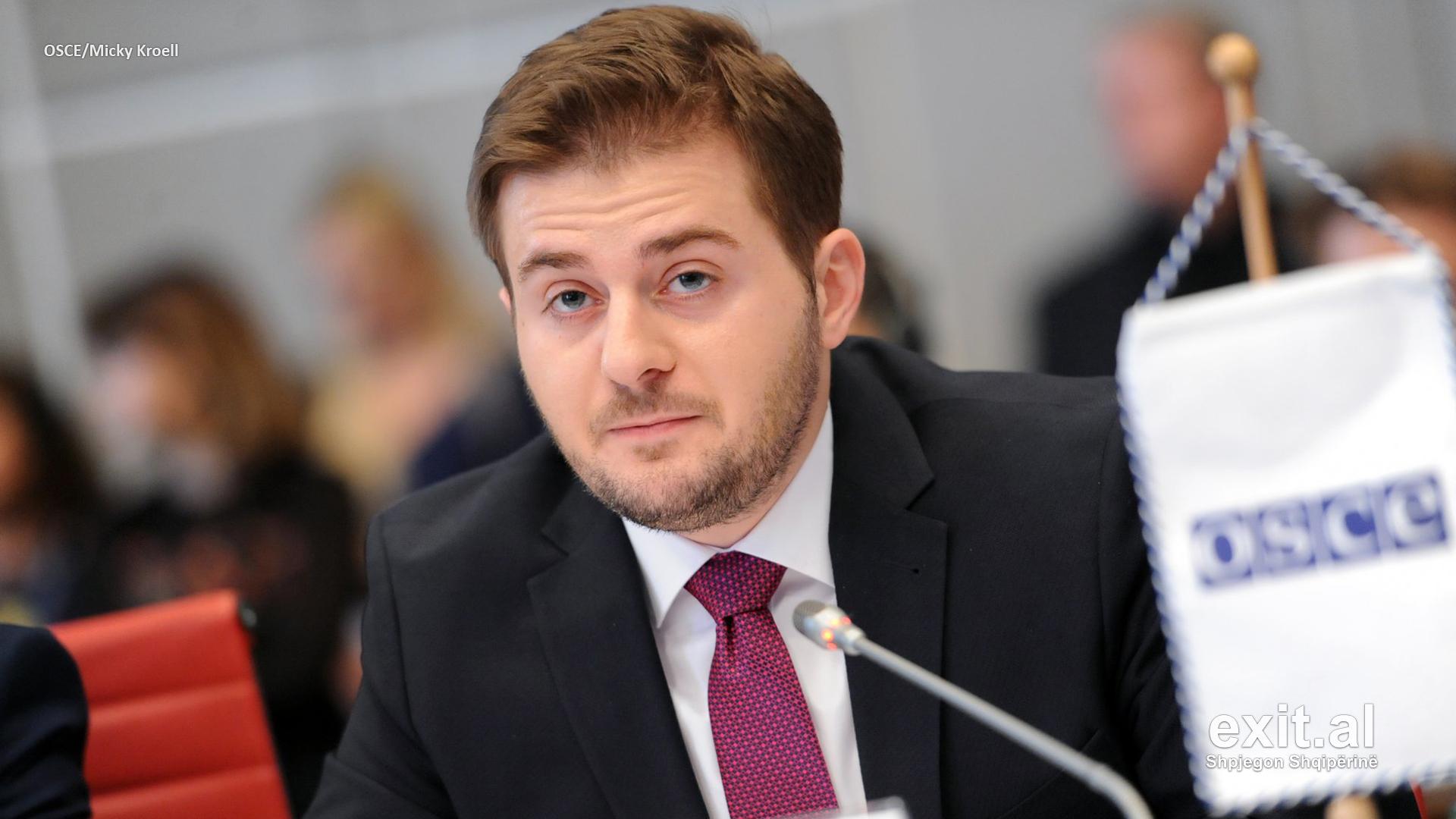Cakaj mbështet partitë shqiptare në Malin e Zi