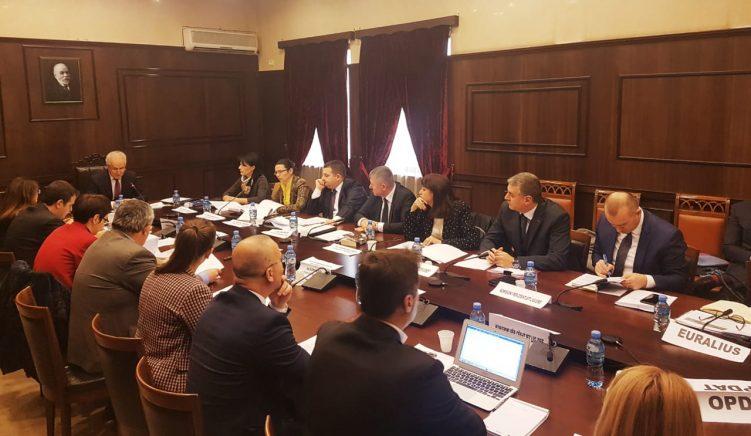 KED ngre grup pune për zbatimin e rekomandimeve të 'Venecias'