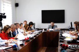 Socialistët rrëzojnë dekretet e Presidentit, pro koncesioneve 280 milionë euro të rrugëve