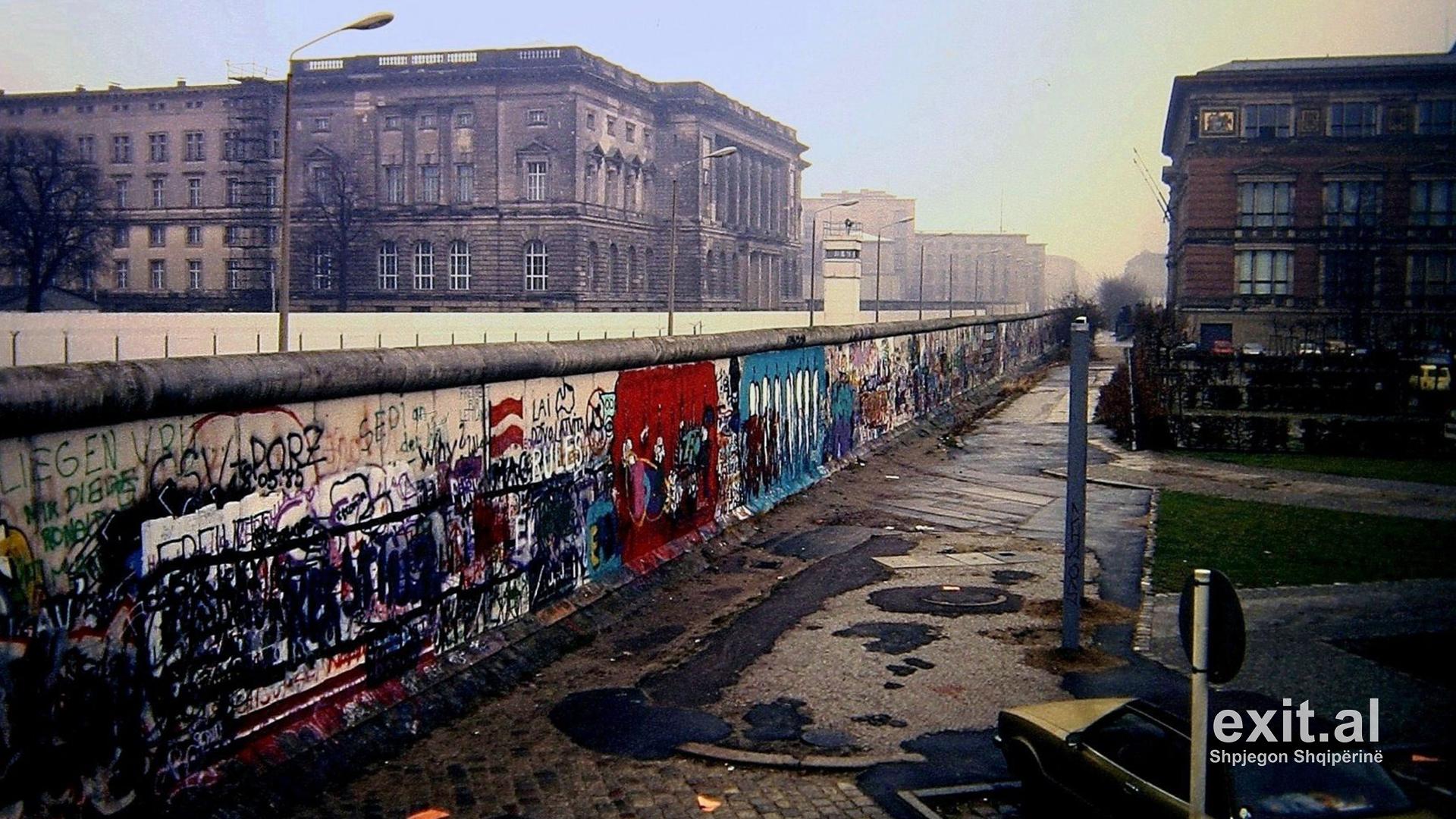 Berlini kujton 30-vjetorin e rrëzimit të murit