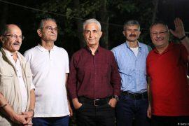Turqi, lirohen nga burgu 5 gazetarë kritikë ndaj qeverisë së Erdoganit