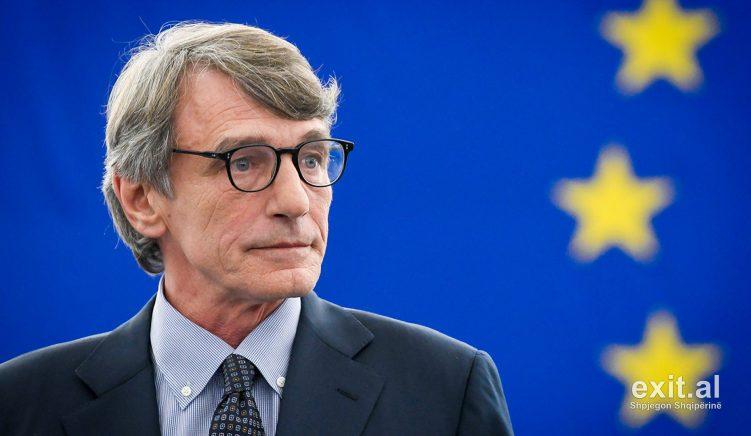 Koronavirusi-Presidenti i PE vetizolohet