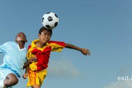 Federata Skoceze e Futbollit shqyrton propozimin për t'u ndaluar fëmijëve goditjet e topit me kokë