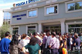 Unaza e Re, policia arreston 3 protestues, banorët kërkojnë lirimin e tyre