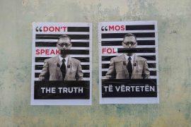 Arti i rrugës në Tiranë proteston kundër censurës mediatike