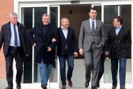 Kryetarët e partive të vogla opozitare, ligj që të bëhen deputetë nga listat e PD-së