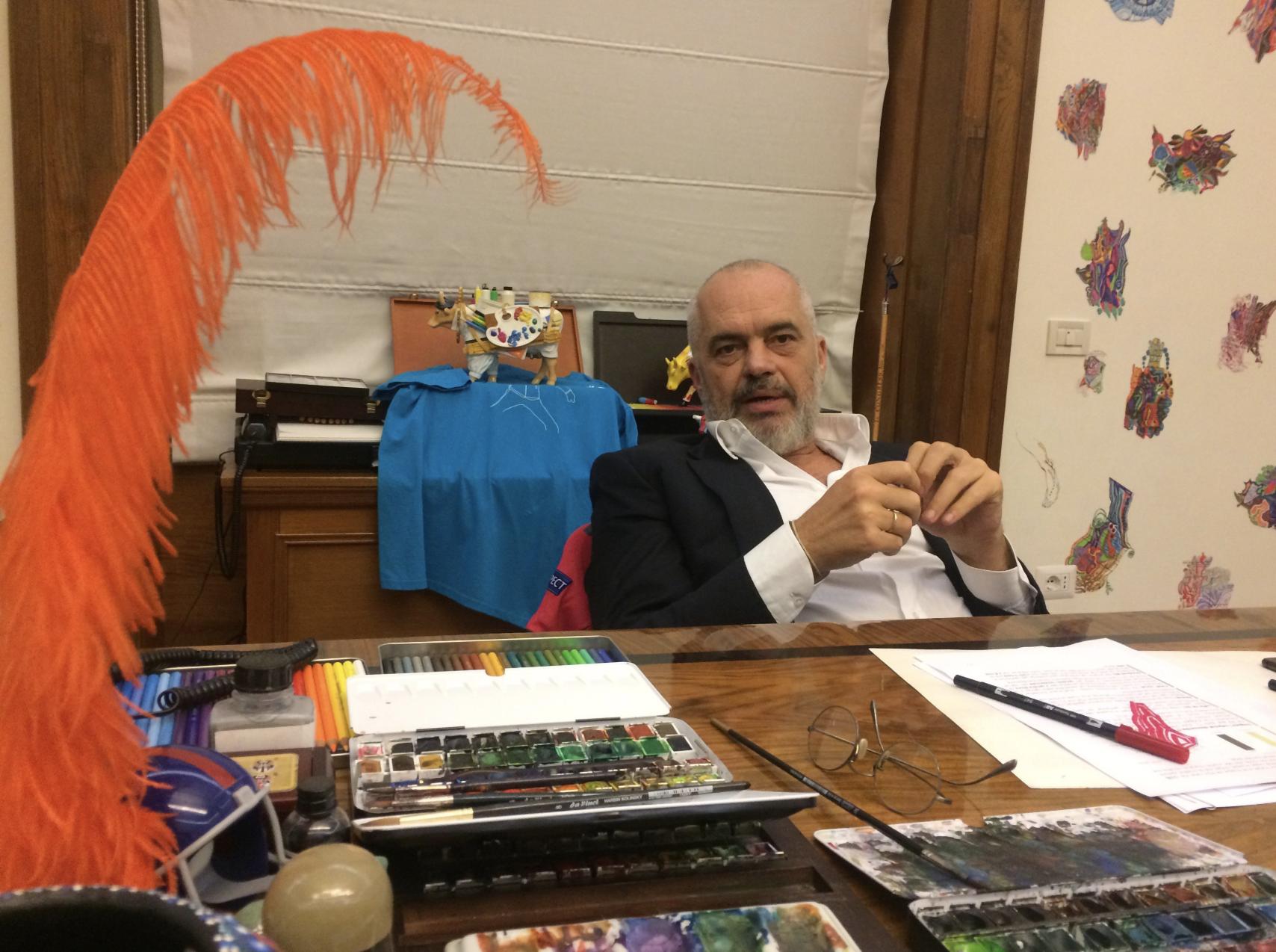 Rama pretendon se arti dhe politika e Handkes nuk mund të ndahen – Po arti dhe politika e tij?