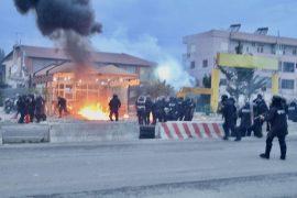 Unaza e Re, policia dhunon banorët – Foto
