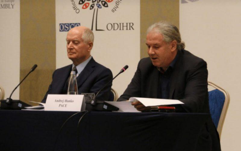 Raportuesit e KiE: Zgjidhja e krizës—reformë zgjedhore, pasuar nga zgjedhje