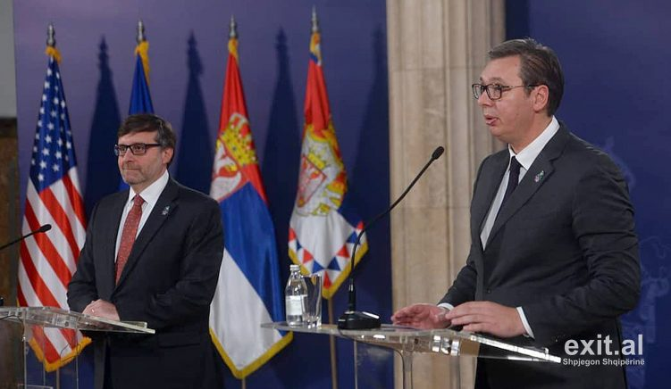 Vucic: Brenda 3 muajve në bisedime me Kosovën, Kurti të bëjë qeveri me Listën Serbe