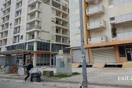 Në Durrës dhe Krujë shemben 17 ndërtesa, 2600 të shpërngulur nëpër hotele