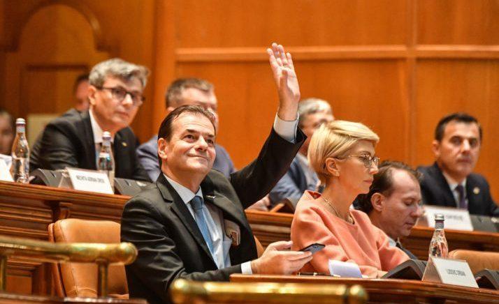Betohet qeveria e re rumune, pritet kandidatura për eurokomisioner