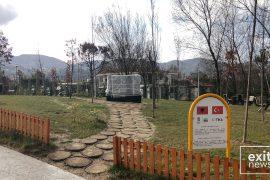 Vrojtim dhe mbrojtje 24 orë monumenitit për viktimat e grushtit të shtetit kundër Erdoganit
