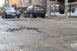 PD denoncon 50 rrugët e harruara nga investimet e Bashkisë Tiranë