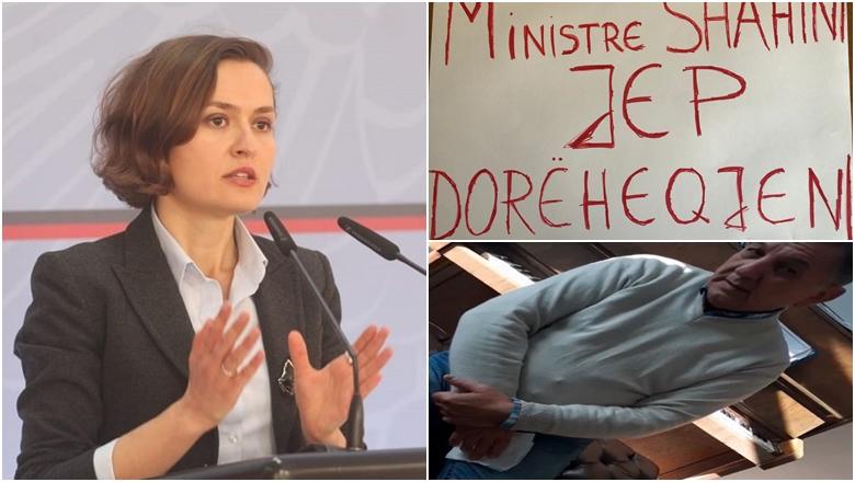 Qytetarët, protestë kundër abuzimeve seksuale në shkolla: Të dorëhiqet ministrja Shahini