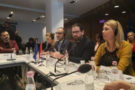 Gazetarët themelojnë Aleancën për Media Etike