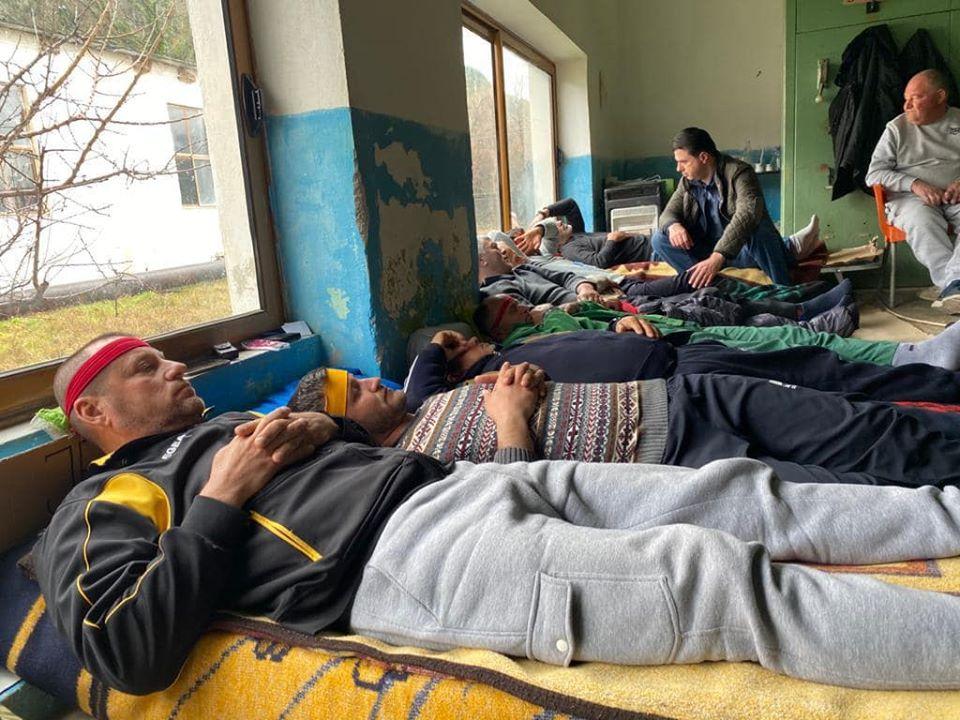 Basha premton zgjidhjen e problemeve të grevistëve të Poçemit