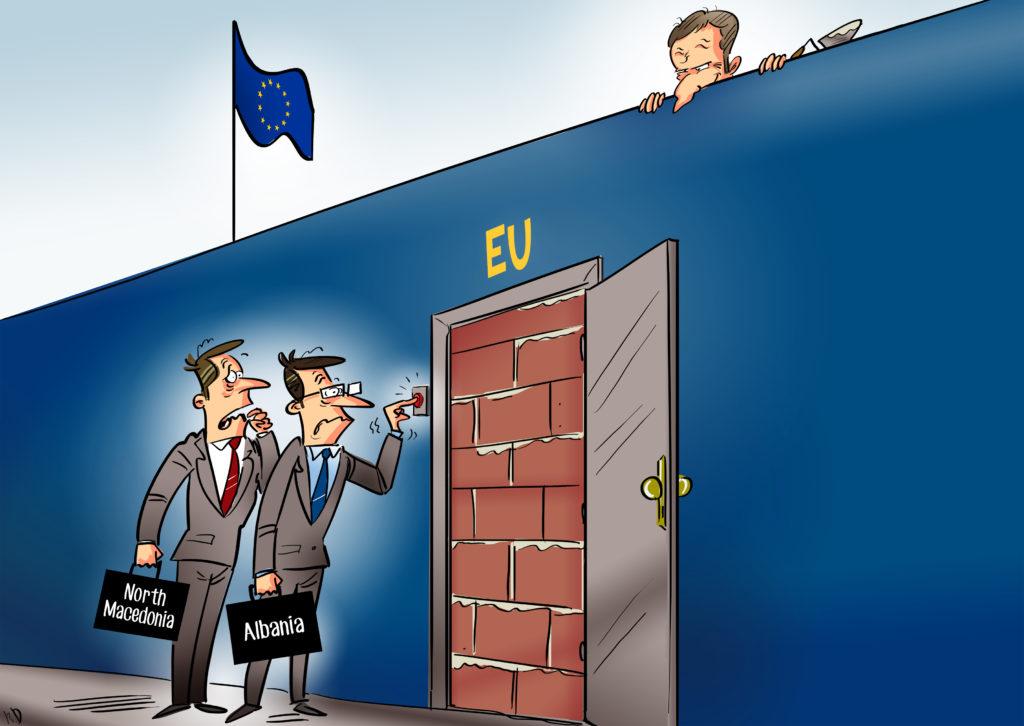 Politico ironizon pengesat e BE-së ndaj Shqipërisë dhe Maqedonisë
