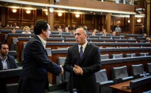 Haradinaj letër Kurtit: Mos e hiq taksën ndaj Serbisë për disa përfitime të përkohshme