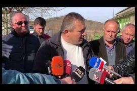 Naftëtarët e Ballshit paralajmërojnë grevë urie nëse nuk marrin rrogat e prapambetura