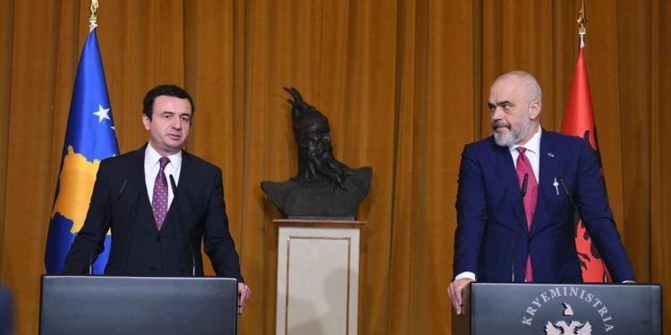 Albin Kurti takim me kryeministrin Rama