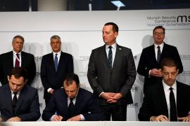 Thaçi dhe Vuçiç nënshkruajnë marrëveshjen për hekurudhën Prishtinë-Beograd