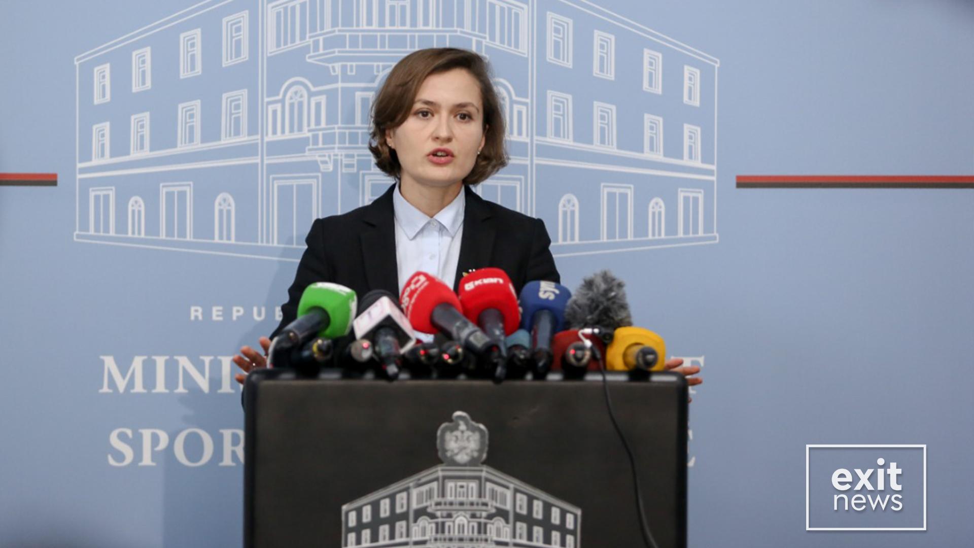 Ministrja Shahini: Zgjedhjet në universitet nuk garantonin pjesmarrjen e studentëve