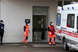 1 mjek i infektuar në Durrës, i shërbeu gruas që ndërroi jetë
