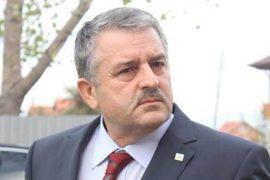 Kryeminisitri Kurti shkarkon ministrin e Brendshëm të Kosovës, përhapi panik për koronavirusin