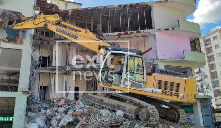 Fotoreportazh: prishen shtëpitë tek Astiri, qeveria mposhti rezistencën 2 vjeçare