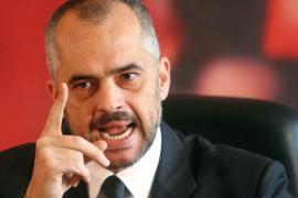 Rama mashtron me videon për të ngjallur frikë dhe bindje: dhunën e policisë Algjeriane e shet si të Spanjës