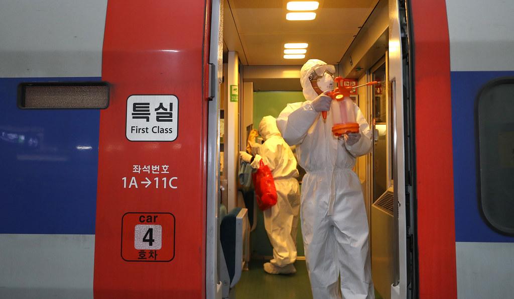 Korea e Jugut: sukses për tani, por lufta me koronavirusin nuk është fituar ende