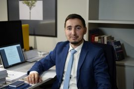 Në Kosovë po ndeshet e vjetra me të renë: kjo është betejë mbarëkombëtare