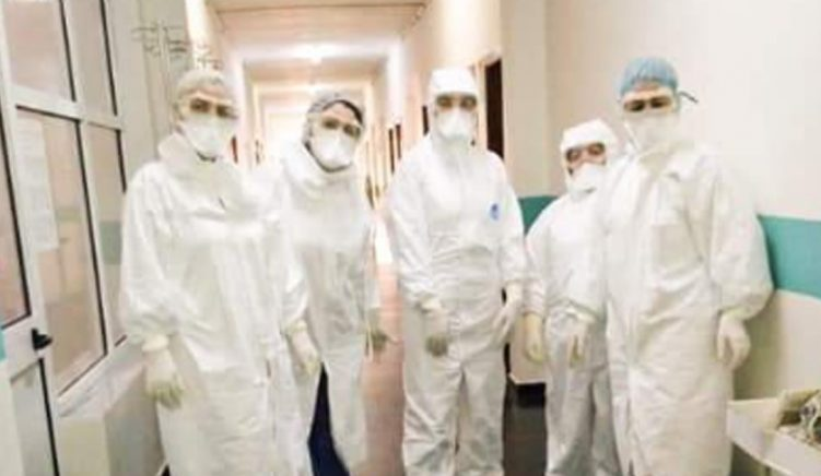 Shqipëria ndihmon Italinë, dërgon 30 mjekë shqiptarë të shërbejnë në Bergamo