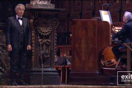 Andrea Boçeli jep koncert për Pashkë, tenori këndon në katedralen boshe të Milanos