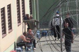 Infektohen me Covid-19 dy drejtorët e burgut të Bradasheshit