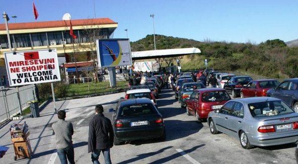 Greqia vendos karantinë 7 ditore për shqiptarët
