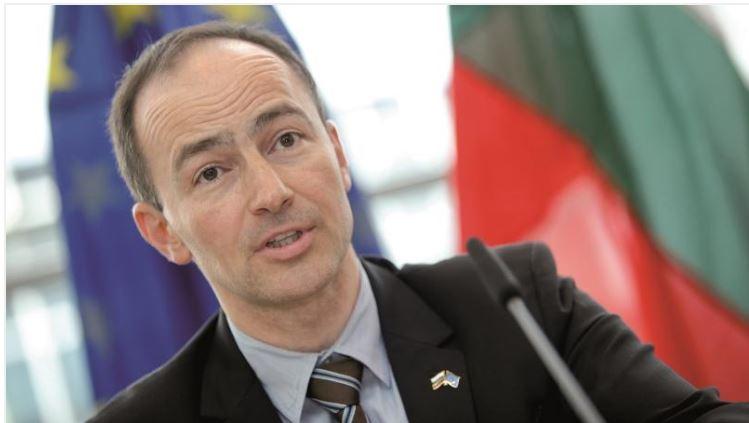 Grupi i Partive Popullore Europiane thirrje Bashës: Kthehuni në bisedimet për reformën zgjedhore