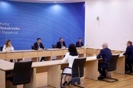 Basha diskuton me Dhomën Amerikane të Tregtisë për krizën ekonomike