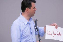 Basha: Të ndalet dhunimi i Kushtetutës dhe provokimi për prishjen e Teatrit Kombëtar