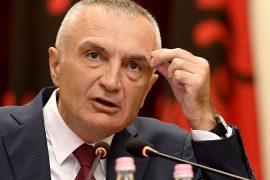 """Presidenti kthen ligjin """"për aktivitetet e turizmit detar"""". Arsyeja: Nuk është në gjuhën shqipe"""