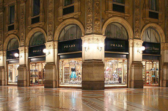 Firmat e famshme të modës rrezikojnë të mos hapin dyqanet pas koronavirusi